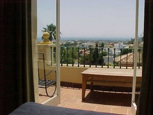 laquintabedroom-terrace
